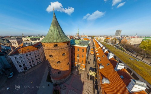 Aerial Tour of The Gunpowder Tower & Bastion Hill in Old Riga